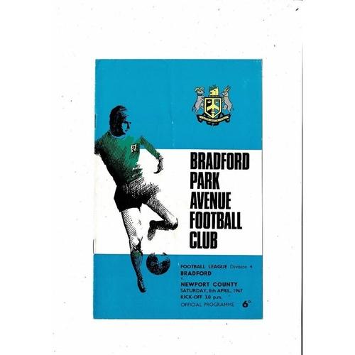 1966/67 Bradford Park Avenue v Newport County Football Programme
