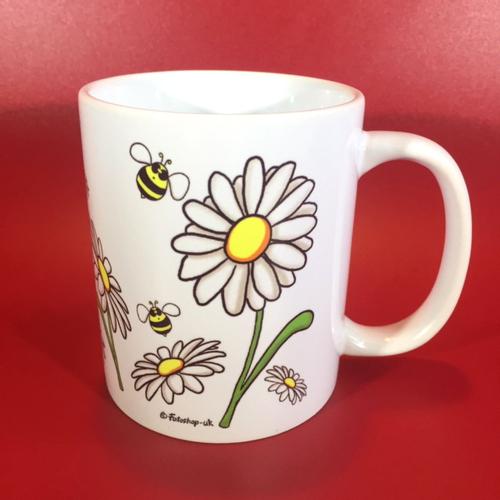 'Daisies & Bees' Mug