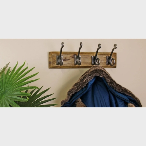 4 Piece Double Metal Hooks On Wooden Base
