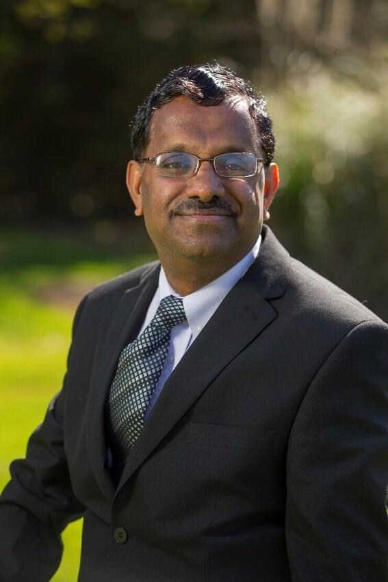 Dr Ramesh Raghavendra