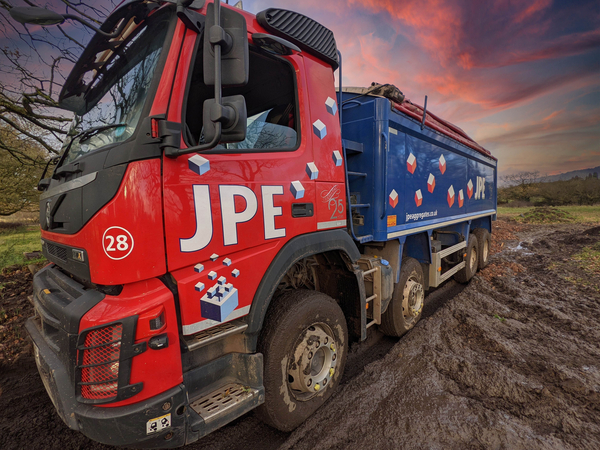 JPE Aggregates Earns Recognition with Aquarius IT & is on track for HS2