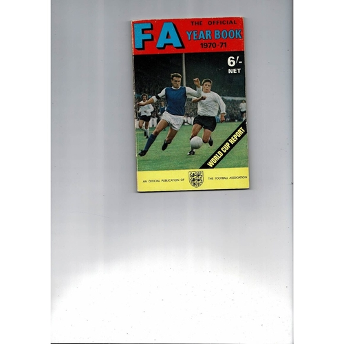 1970/71 The Official FA Year Book
