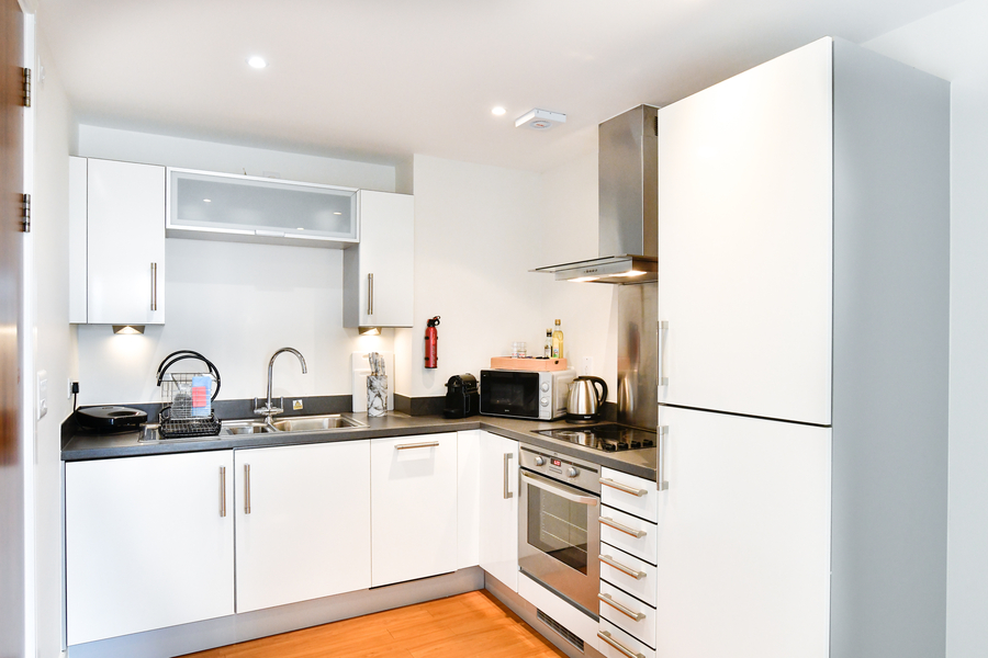 Meridian Quay - Prime Location Overlooking the Bay - 4 Star, 1 Bedroom