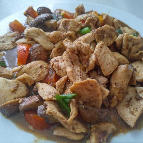 Romin Chicken and Veg Stir Fry