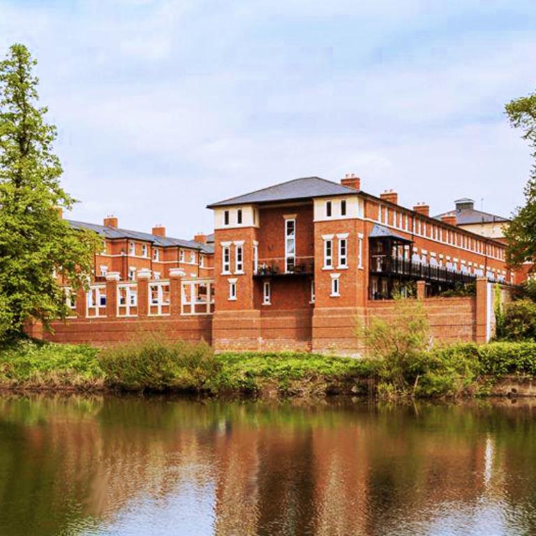 River Severn Houses Shrewsbury