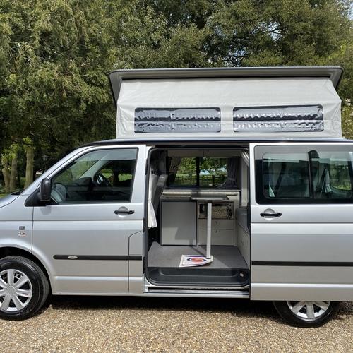 59reg Bilbo's Celex Camper Van 2 Berth VW Transporter T5 1.9 TDi SWB