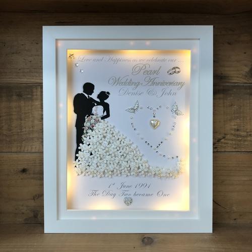 Pearl wedding 3D frame
