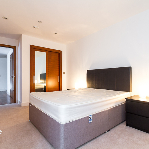 HAYES APARTMENTS CARDIFF CITY CENTRE ONE BEDROOM APARTMENT WITH PARKING