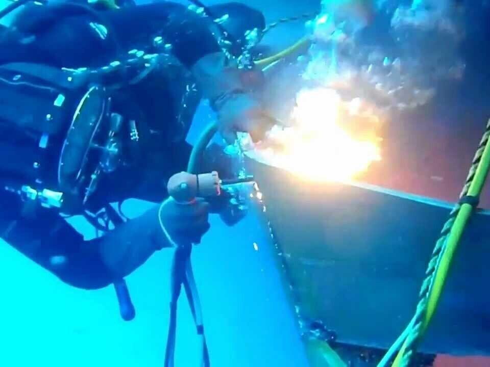 Divers - Fri 10th Sept - Burning