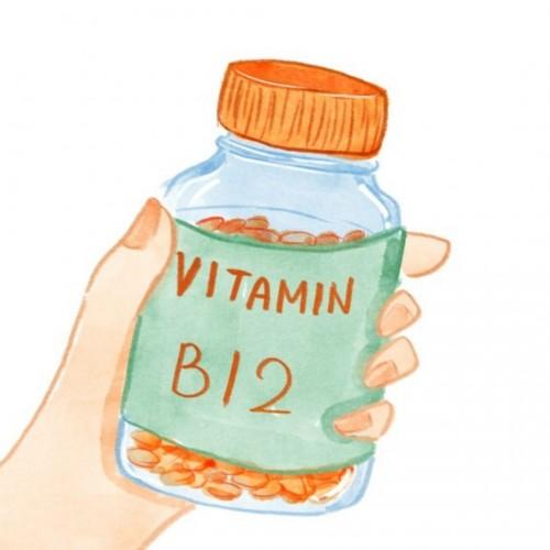 signs and symptoms of vitamin B12 deficency