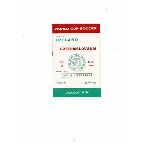1969 Republic of Ireland v Czechoslovakia Football Programme