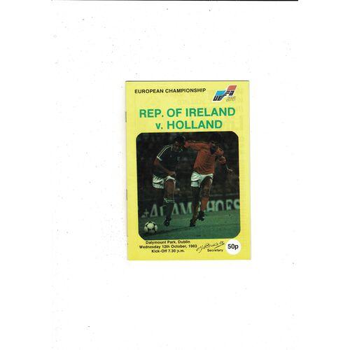1983 Republic of Ireland v Holland Football Programme