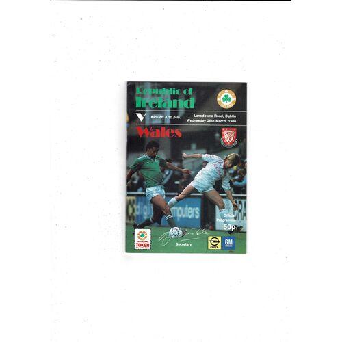 1986 Republic of Ireland v Wales Football Programme