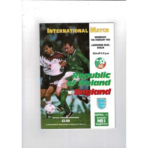 1995 Republic of Ireland v England Football Programme. Abandoned