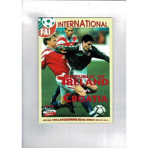 1996 Republic of Ireland v Croatia Football Programme.