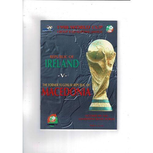 1996 Republic of Ireland v Macedonia Football Programme.