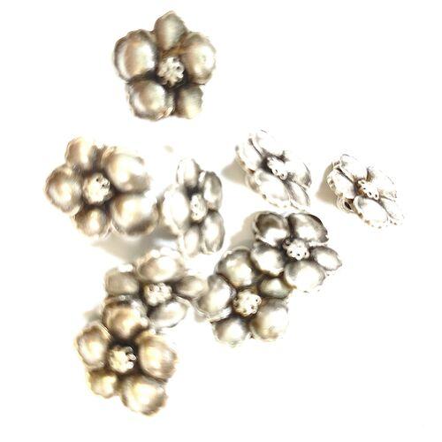 Metal Flower Buttons 15mm
