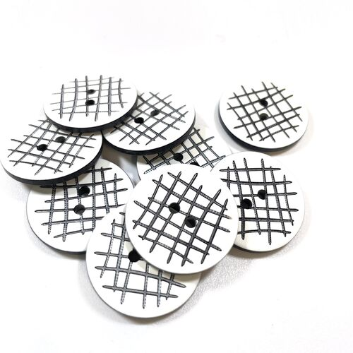 Black and White Button 24mm