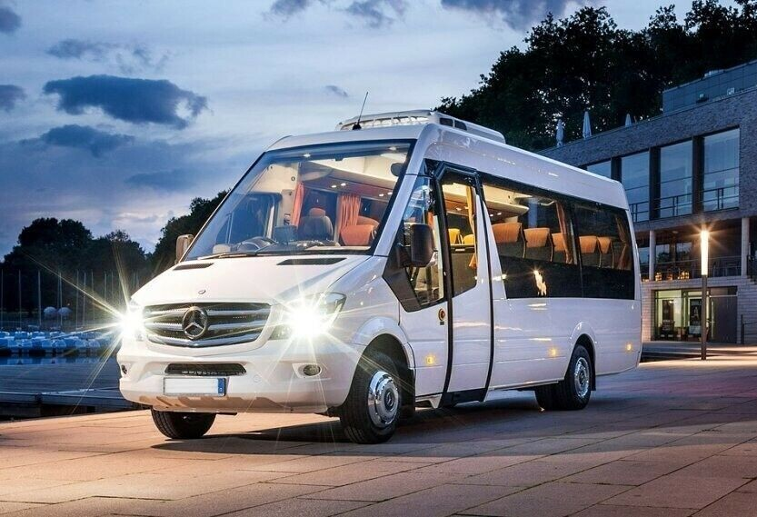 Finding the Services for Minibus Hire with Driver