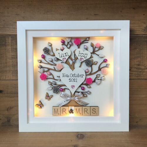 LED Mr & Mrs Wedding Frame