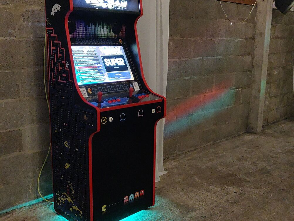 Classic Arcade Cabinet