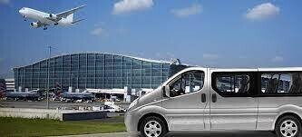 5 Types of Minibuses you can hire for your Group Travel