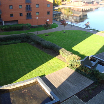Renting in Cardiff - 1 bedroom apartment with private balcony & Waterviews