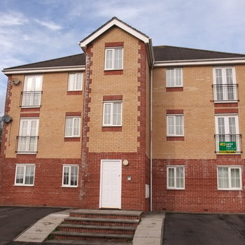 LLYWN DAVID BARRY UNFURNISHED TWO BEDROOM APARTMENT