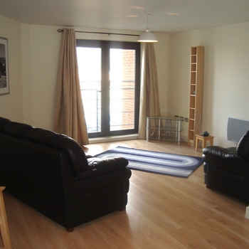 Renting in Cardiff - 2 bedroom, Cardiff Bay