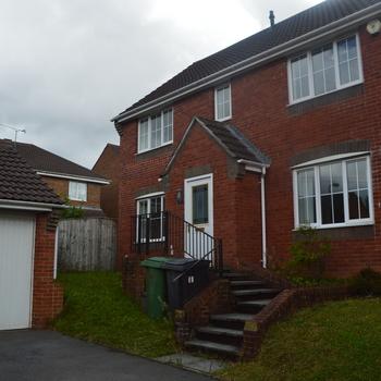 Renting In Cardiff - 4 bedroom house, Pontprennau, Cardiff