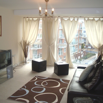 Renting in Cardiff - 2 bedrooms, Cardiff Bay