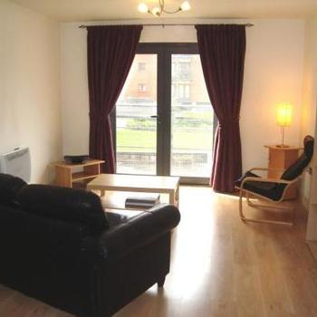 Renting in Cardiff – 1 bedroom apartment, Cardiff Bay – Modern one bed apartment with Juliet balcony, water views, dedicated parking, secure entry, lifts to all floors