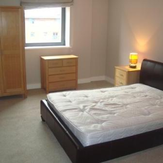 Renting in Cardiff - 2 Bedroom Apartment in Cardiff Bay, Cardiff