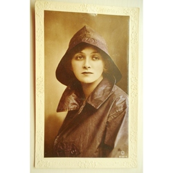 Gladys Cooper Handpainted 1916 Photo Postcard
