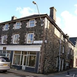 4 Maldwyn House