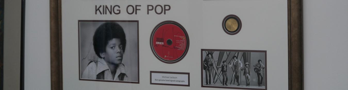 Michael Jackson King of Pop Memorabilia