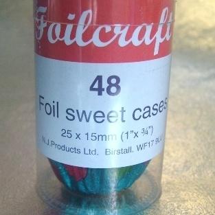 48 Polka Dot Foil Sweet Cases