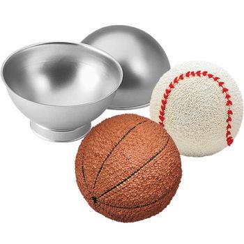 Wilton 3D Ball Tin