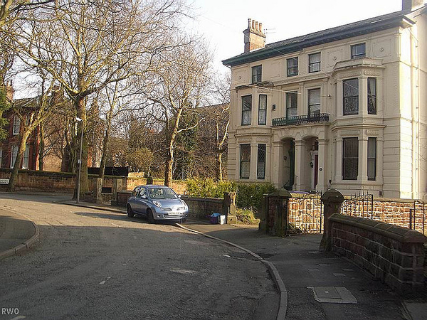 How to Invest R1 Million in Uk Buy-to-let Property