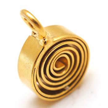 Gold Swirl Pendant