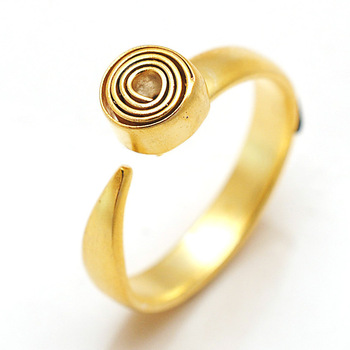 Gold Swirl Ring