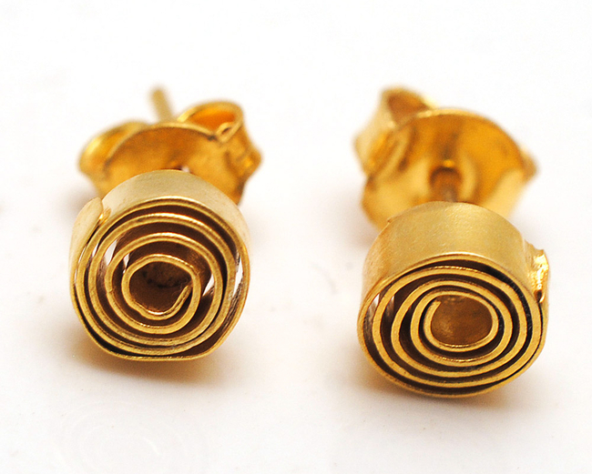 gold swirl ear rings