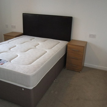 CENTURY COURT CARDIFF CITY CENTRE FULLY FURNISHED TWO BEDROOM APARTMENT