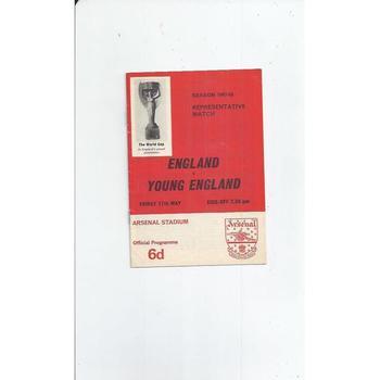 England v Young England Football Programme 1967/68 @ Arsenal