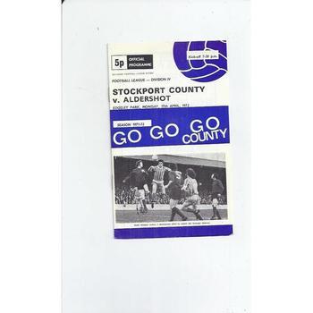1971/72 Stockport County v Aldershot Football Programme