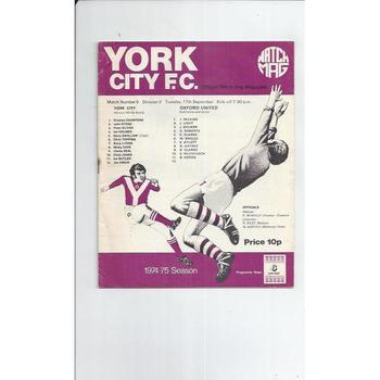 1974/75 York City v Oxford United Football Programme