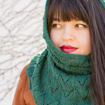 Hedera Cowl Pattern (Juniper Moon Farm Herriot Fine)