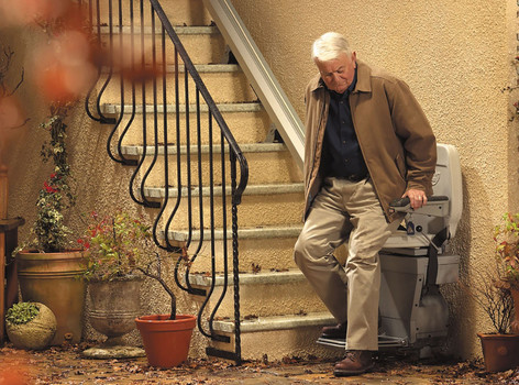 Calderdale Stairlifts Ltd - Outdoor Stairlift
