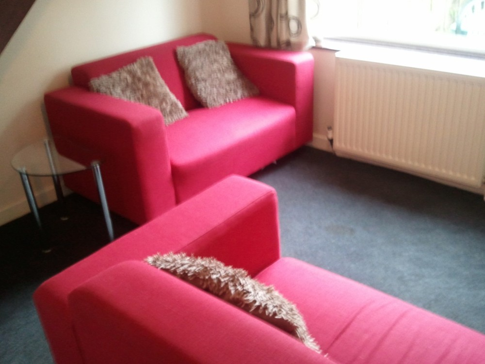 Victoria Street 1 bedroom bungalow | Cheltenham Racing Accommodation