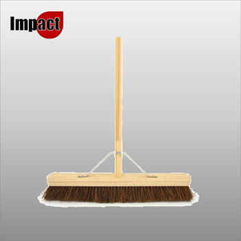 """18"""" Bassine brush complete with Pole & Stay"""